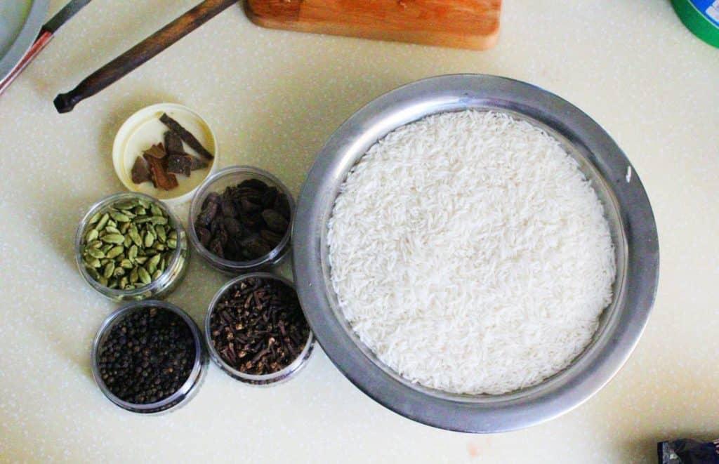 karhayi biryani ingredients