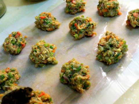 LOW-CARB CHICKEN AND VEGETABLE KEBABS