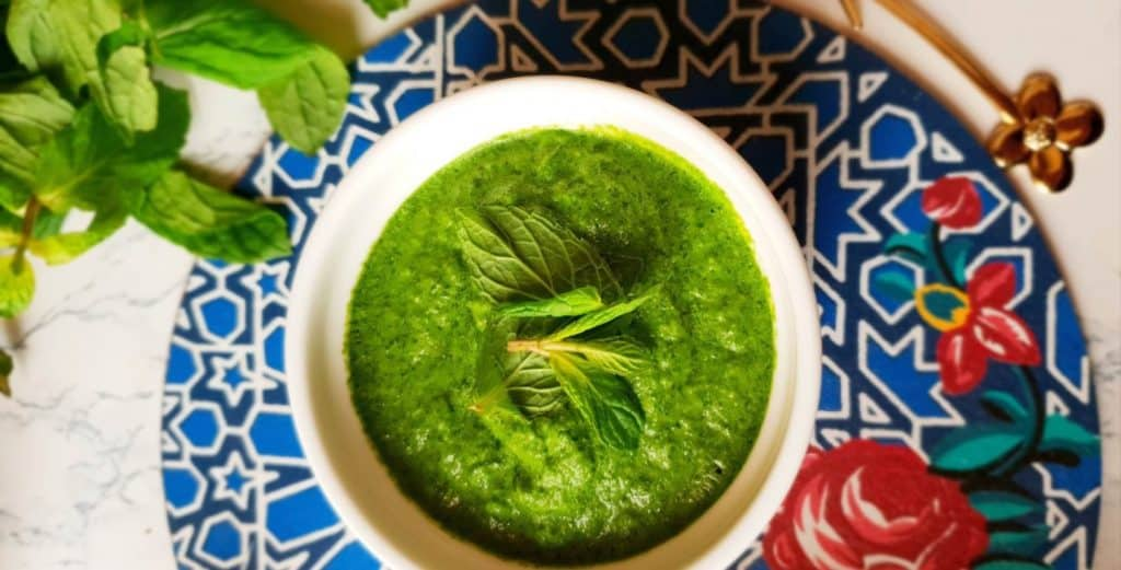 easy spicy indian mint chutney recipe