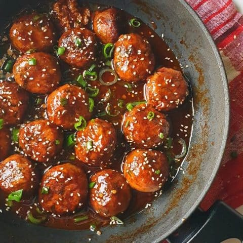 Asian-style Saucy & Spicy chicken meatballs recipe