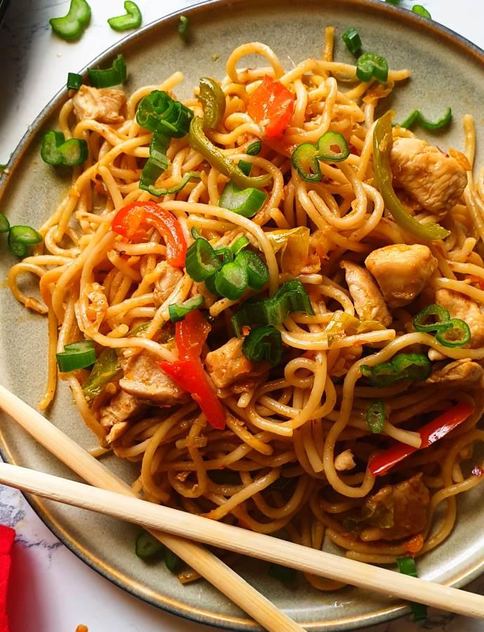 easy chicken chow mein recipe 10