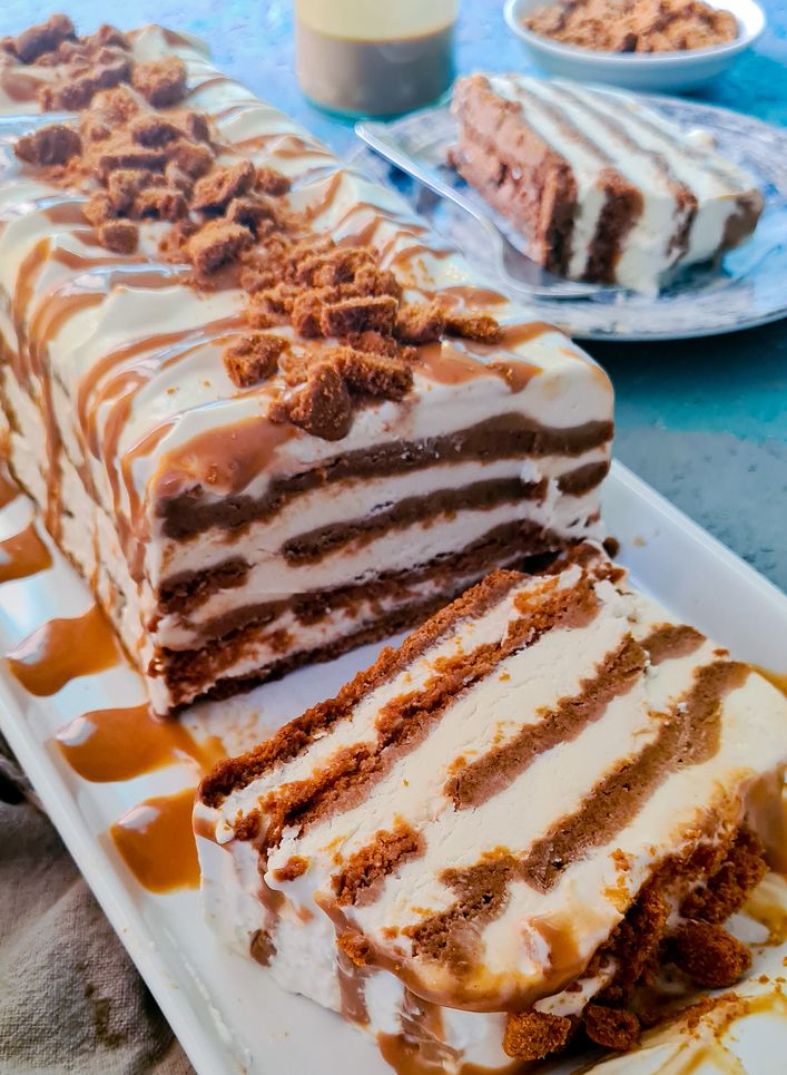 sliced lotus biscoff icecream cake log