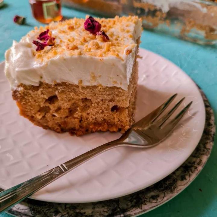 honey poke cake