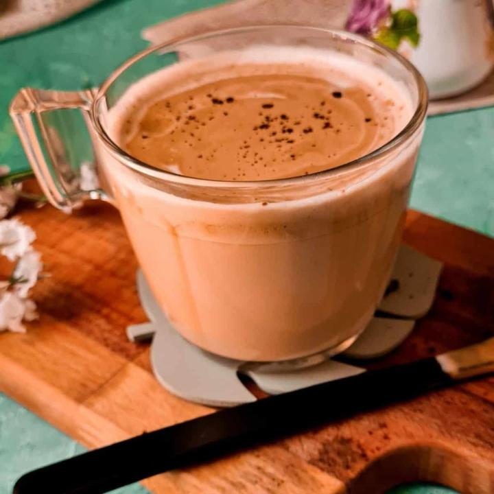 indian whipped coffee or phitti hui coffee